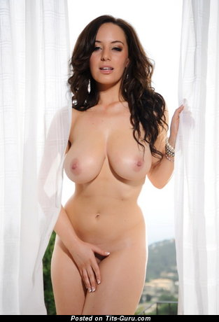 Image. Lindsey Strutt - sexy nude brunette with big natural boobs photo