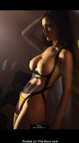 Image. Naked amazing lady with big tittys picture