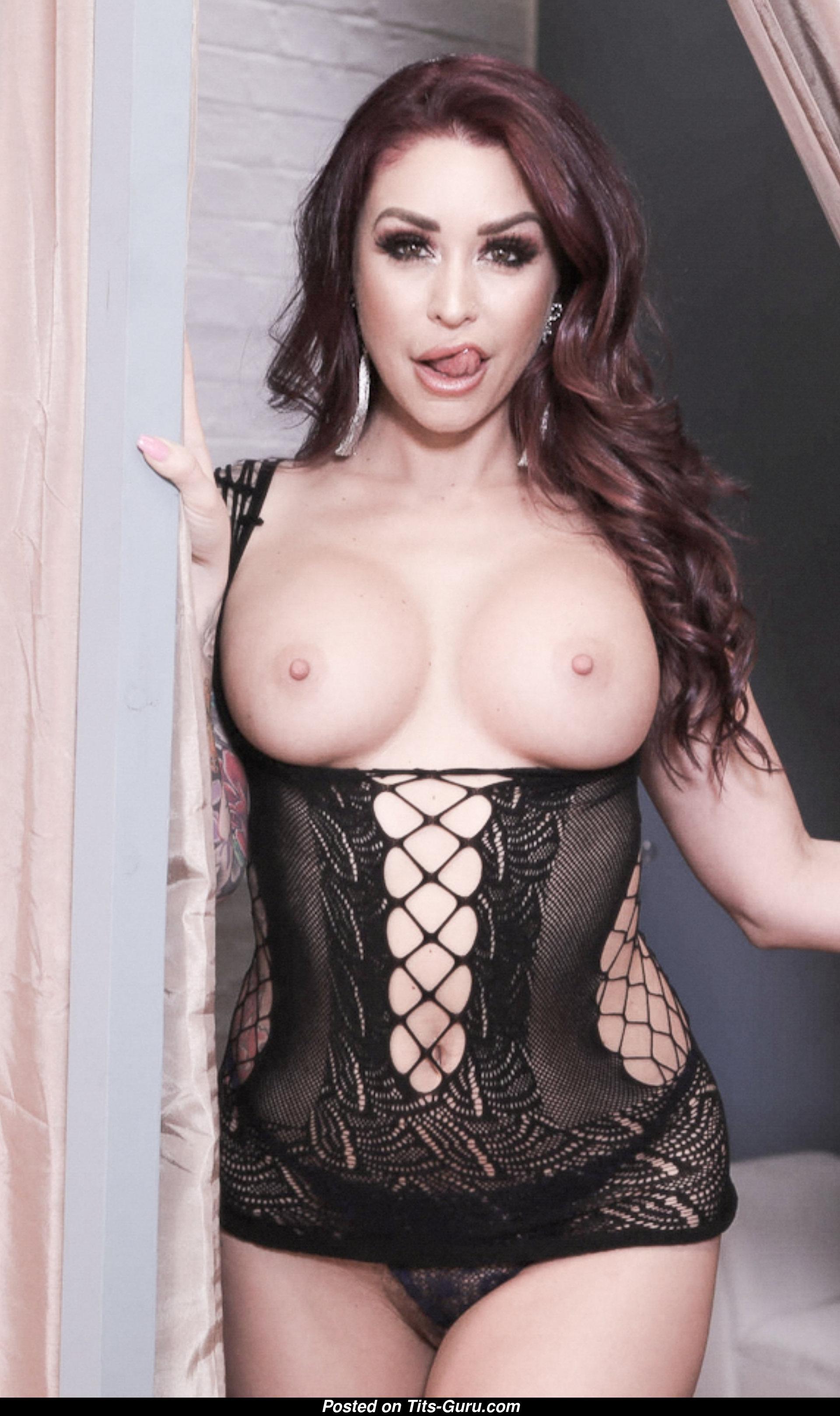 Monique Alexander Tits