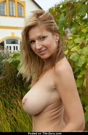 Karol - The Nicest Topless Blonde with The Nicest Bare Real Dd Size Jugs (Hd Xxx Photoshoot)