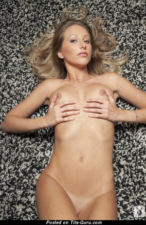 Image. Naked awesome lady with natural breast pic