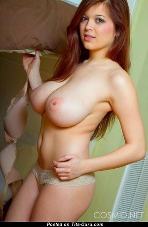 Superb Dish with Superb Bare Natural H Size Titties (18+ Wallpaper)