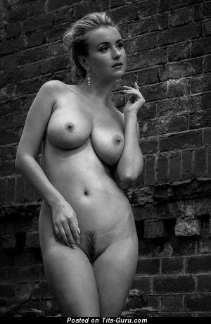 Sexy naked beautiful woman with medium natural boob pic