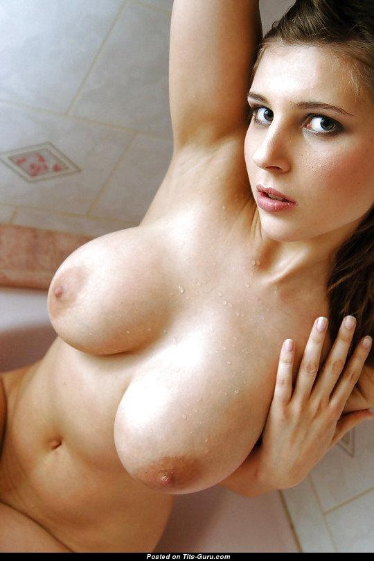 Эро фото голых большегрудых девушек