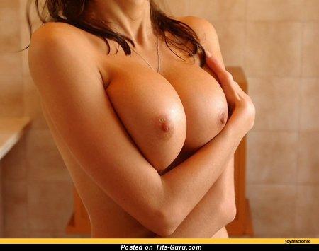 Stunning Honey with Stunning Bare Very Big Tittys (Sex Image)