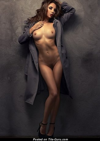 Splendid Gal with Splendid Nude Regular Boobies (Xxx Picture)