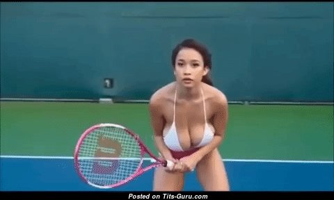 Sweet Non-Nude Brunette Shaking Exquisite Natural H Size Titty is Playing Tennis (Porn Gif)