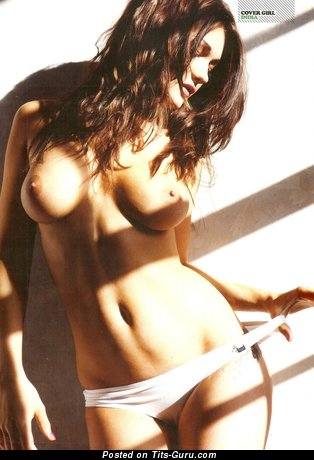 Image. India Reynolds - sexy topless beautiful woman with medium natural boob photo