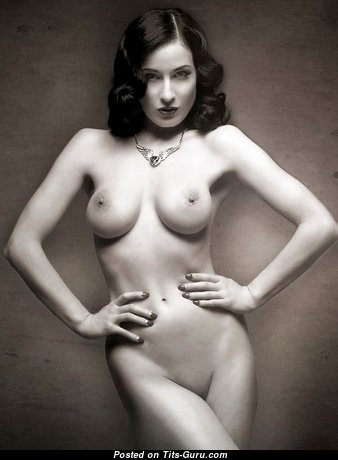 Dita Von Teese - Magnificent American Babe with Magnificent Bald Real Dd Size Tots (Porn Photo)