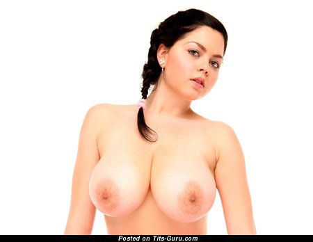 Shione Cooper - naked beautiful female with big natural tittes picture