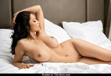 Nice Brunette with Nice Defenseless C Size Chest (Hd Sex Picture)