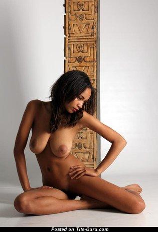 Zalia Fender - Fine Woman with Fine Naked Real Full Boobie (Porn Image)