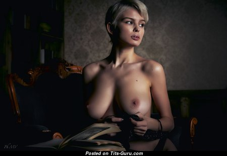 Yummy Babe with Yummy Bare Real Chest (Hd Xxx Pix)