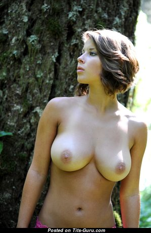 Graceful Babe with Graceful Defenseless Natural Dd Size Tittys (Hd Sex Pix)