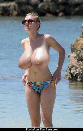 The Best Topless & Wet Gal with Long Nipples in Bikini on the Beach (on Public Xxx Image)