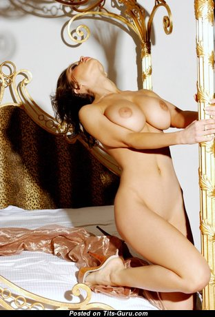 Veronica Zemanova - Hot Czech Brunette Babe with Hot Bare Medium Chest (Hd Sexual Picture)