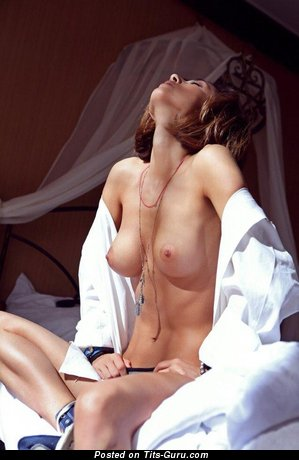 Image. Sexy naked awesome lady with medium breast pic