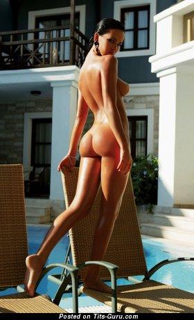 Image. Dasha Astafieva - naked wonderful lady with medium natural tits pic