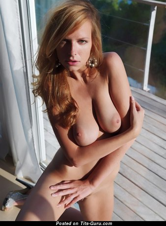 The Best Doxy with The Best Naked Natural Titties (Sexual Pix)