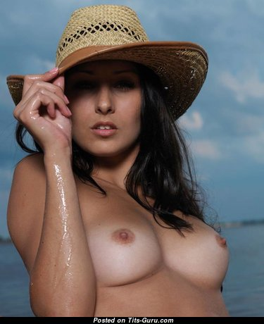 Marvelous Topless Brunette Babe (Sexual Picture)