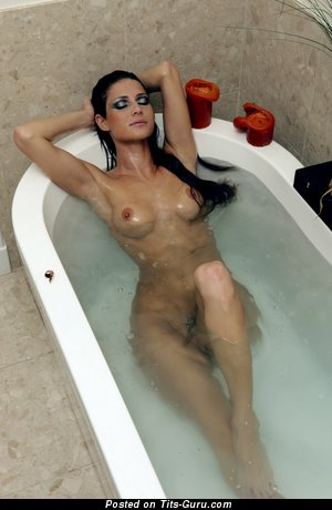 Image. Jenni Lee - naked brunette with medium tittes image