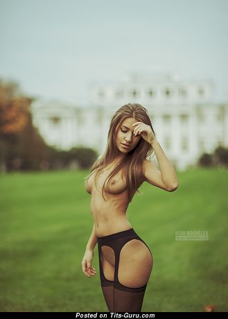 Image. Naked wonderful woman with medium natural tittes image