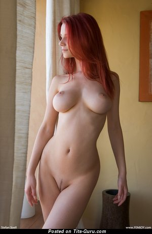Image. Ariel - nice lady with big natural tittes pic