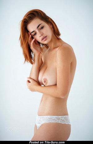 Pretty Undressed Babe (Hd Xxx Photo)