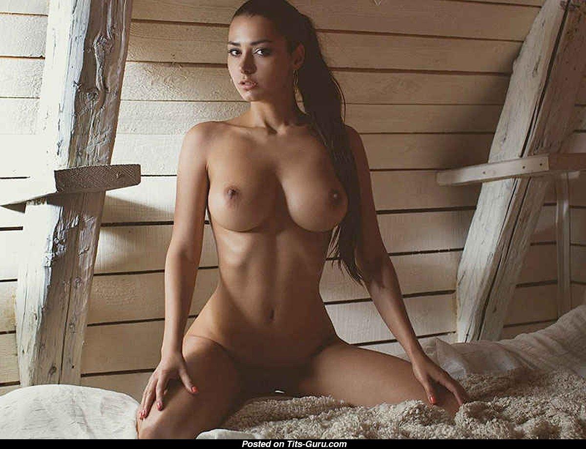 helga-love-katy-topless