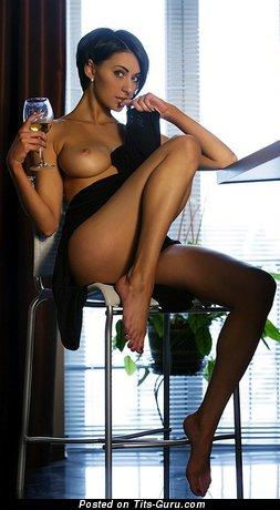 Изображение. сиськи фото: красотки, натуральная грудь, брюнетки