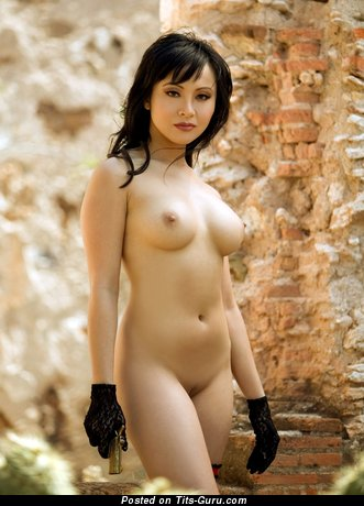 Christine Nguyen - naked asian picture