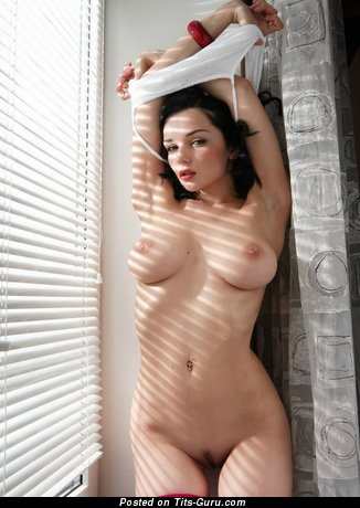 Image. Eugenia Diordiychuk - naked brunette with big natural boob pic