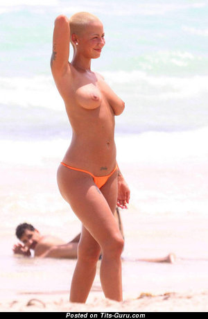 Amber Rose - Magnificent Painted, Topless & Wet American Blonde Singer with Magnificent Bald Dd Size Boobs, Pointy Nipples, Tattoo (Amateur Hd Porn Photoshoot)