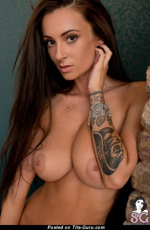 Alice Sey - Pretty British Lassie with Pretty Nude Natural D Size Hooters (Hd Xxx Foto)