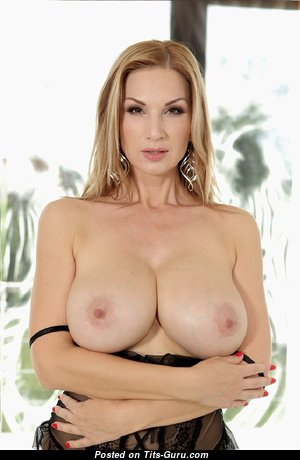Hot Mom - Magnificent Mom with Magnificent Exposed Natural Dd Size Tittys is Undressing (Sexual Photoshoot)
