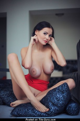 Image. Nude brunette with big natural tits picture