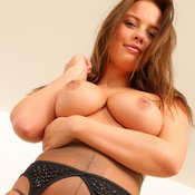 Hot Babe with Hot Exposed Natural Regular Titties (Hd Sexual Picture)