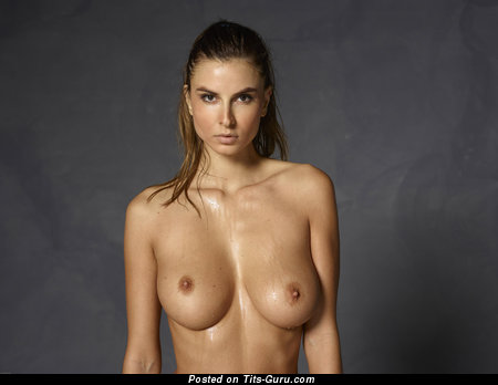 Image. Marisa - nude brunette with medium natural breast image