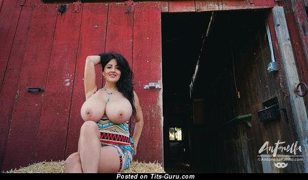 Antonella Kahllo - Appealing Ecuadorian, American Brunette with Appealing Defenseless Real Tremendous Boobies (Hd Sex Image)