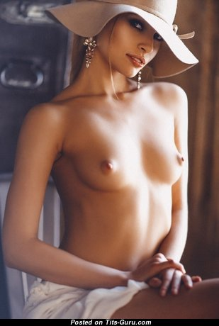 Gorgeous Topless Miss (Porn Image)