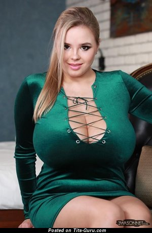 Vivian Blush - Awesome Polish Blonde with Awesome Bald Natural Monstrous Boobys (Porn Image)