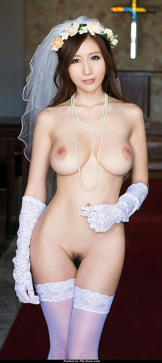 Julia Boin - Topless Asian Brunette Bride With Bald -3272