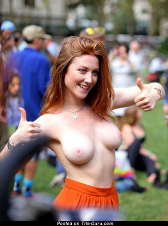 Rachel Jessee - Beautiful American Girlfriend with Beautiful Exposed Natural Medium Sized Titty (Sexual Pic)