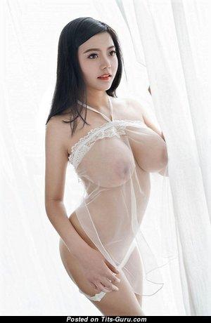 Sexy naked brunette photo
