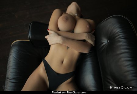 Liya Silver (кристина Щербинина) - The Nicest Doll with The Nicest Bald Soft Boobie & Enormous Nipples (Hd 18+ Pic)