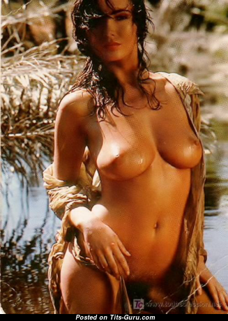 mature redhead nude beach mom