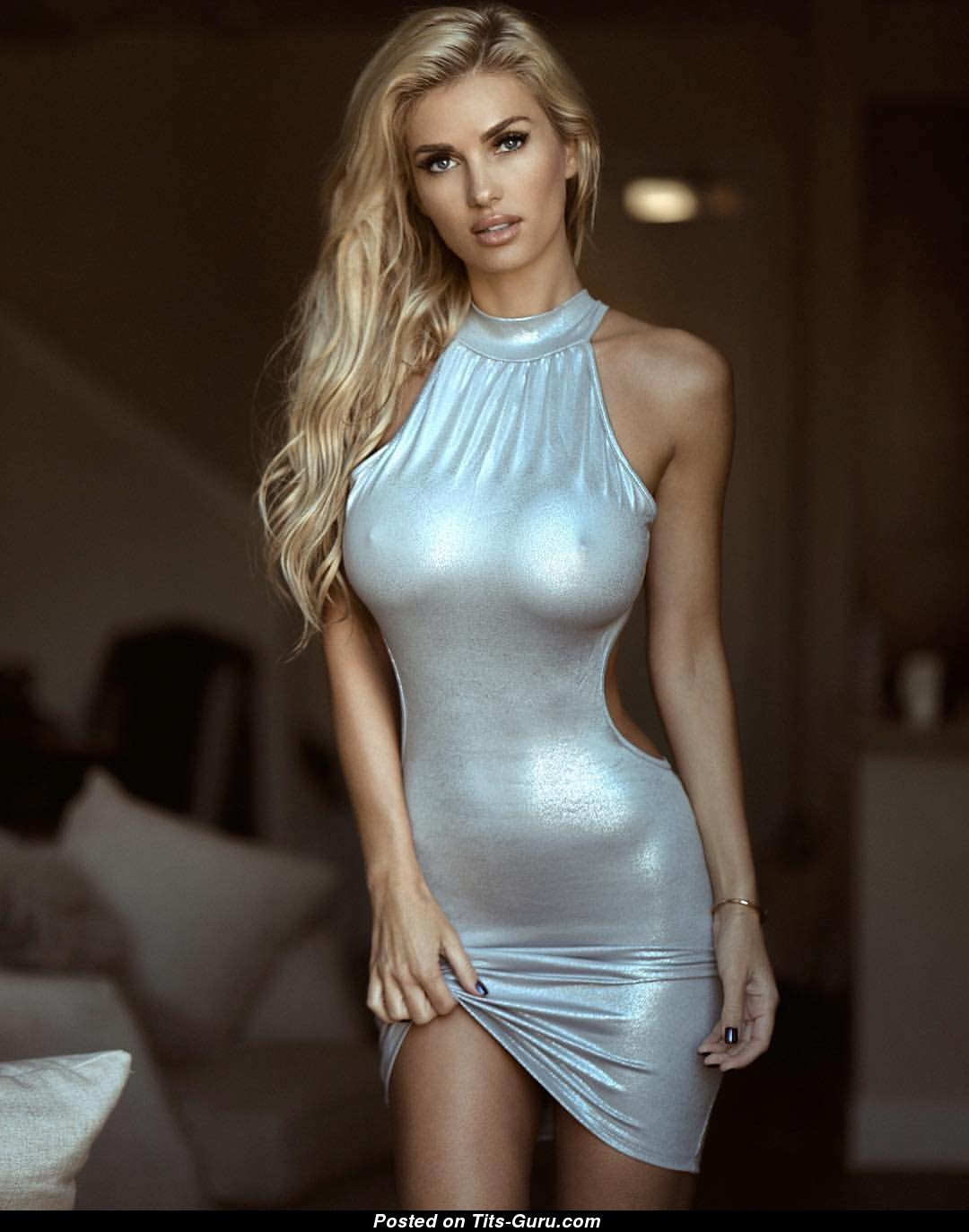 Leanna Bartlett - Blonde Babe With Defenseless D Size -3228
