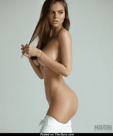 Exquisite Unclothed Babe (Hd Porn Image)