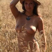 Wonderful female with big natural tittys photo