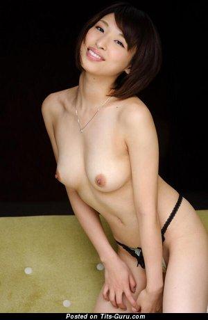 Shoko Akiyama - sexy topless asian photo